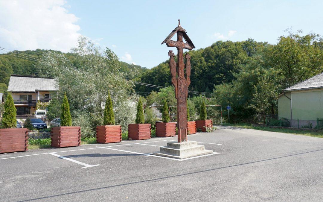 Troița de lemn – Monumentul Eroilor – Băița, orașul Tăuții-Măgherăuș