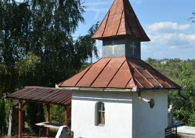 Dănești – Capela Eroilor și Monumentul Memorial