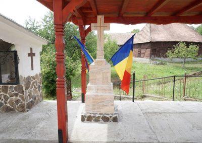 Mesteacăn – Crucea Monument al Eroilor