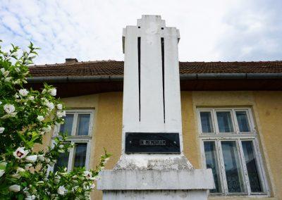 Odești – Monumentul Eroilor din cele Două Războaie Mondiale