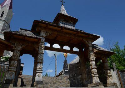 Oncești – Monumentul Eroilor căzuți în Primul și al Doilea Război Mondial