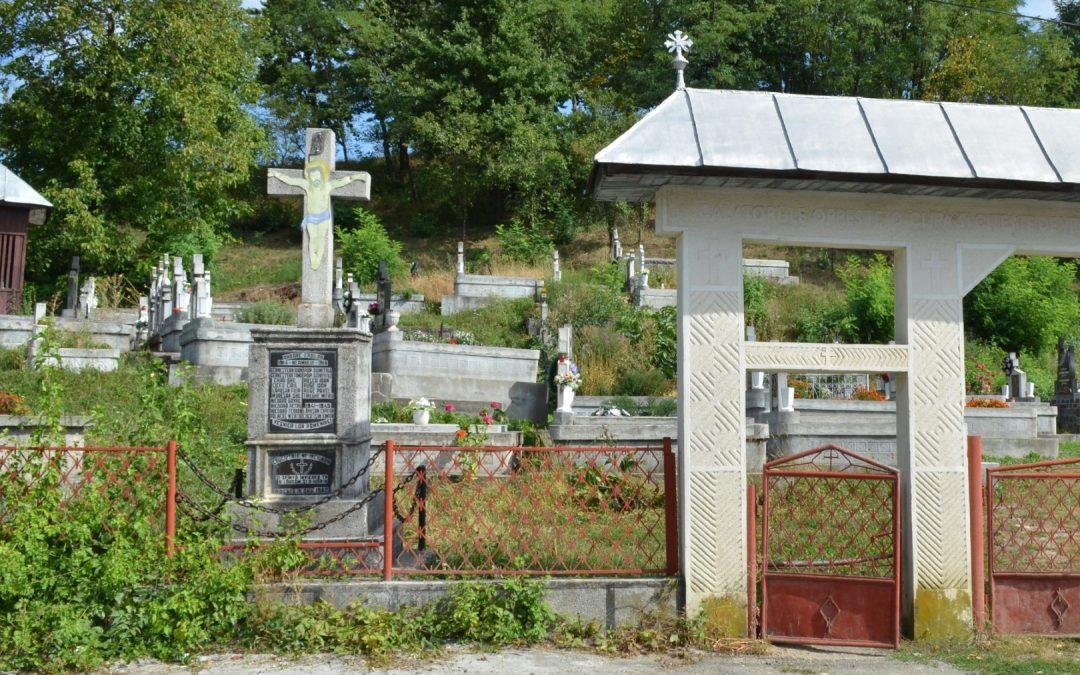 Șindrești – Cruce Monument în memoria Eroilor Neamului