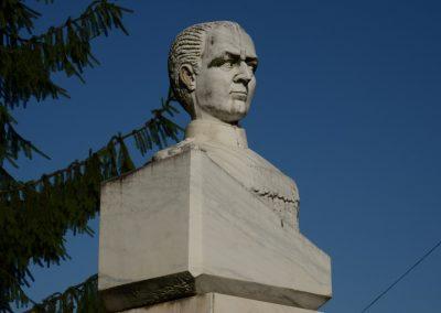 Sighetu Marmației – Statuia Generalului Leonard Mociulschi