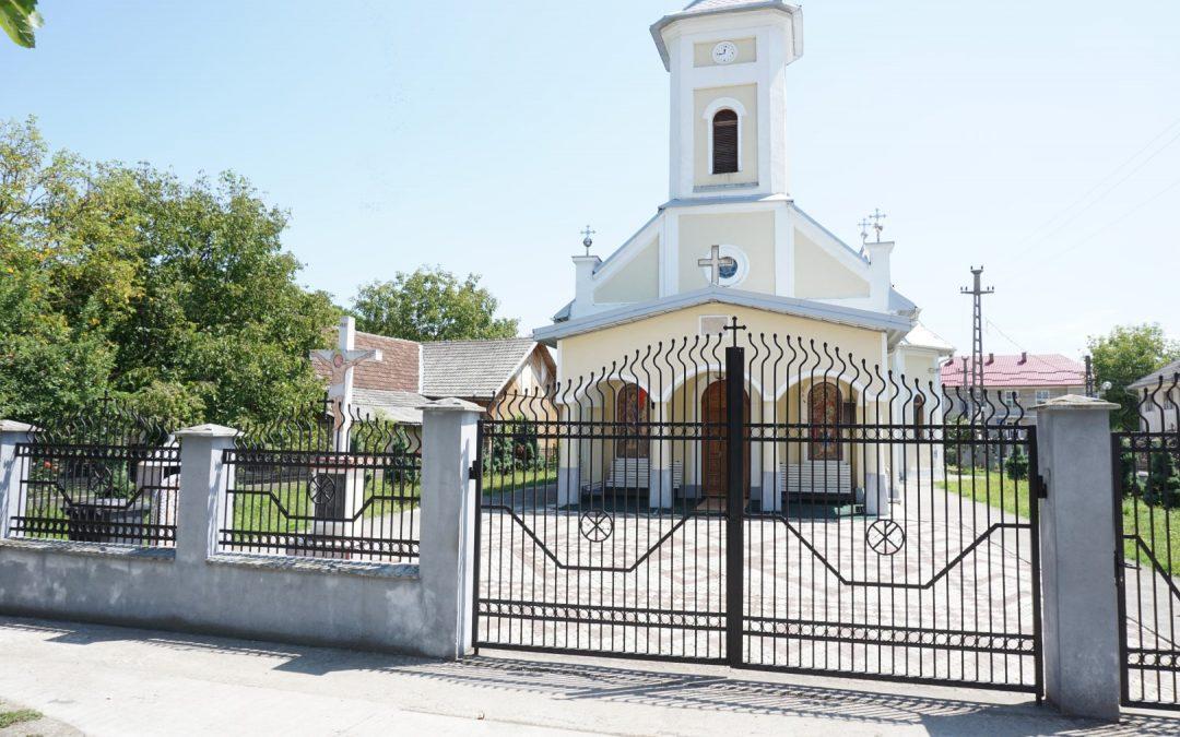 Tulghieș – Cruce Monument pentru Eroii din cele Două Războaie Mondiale
