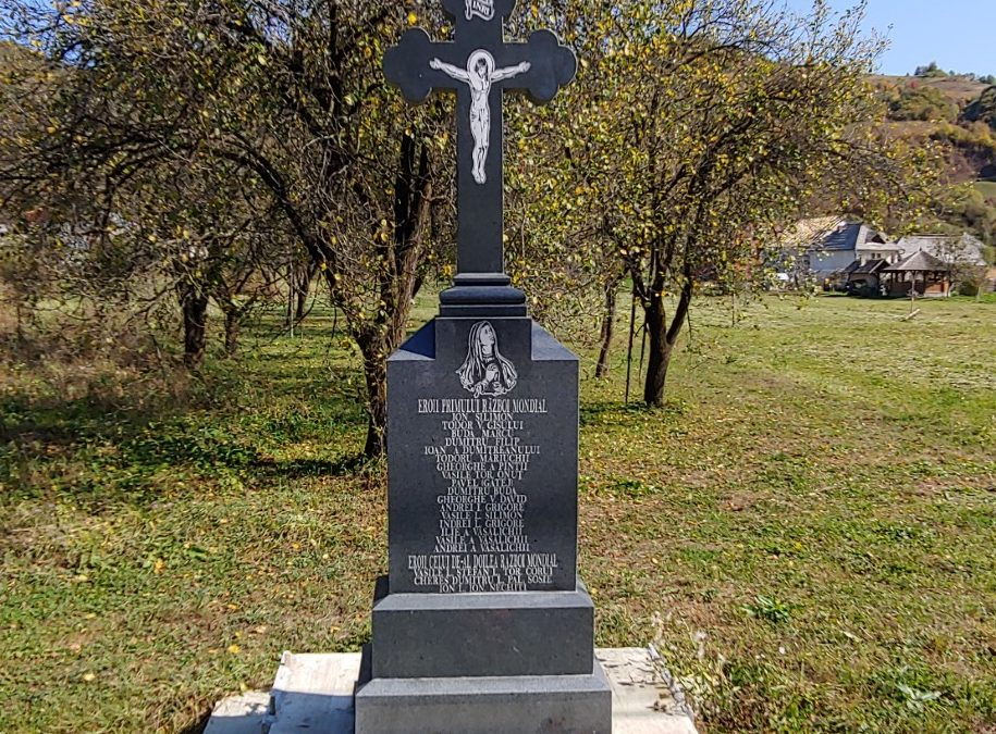 Ungureni – Crucea Monument în memoria Eroilor din cele Două Războaie Mondiale