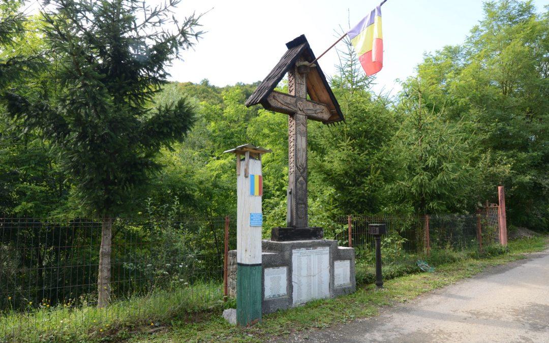 Vișeu de Jos – Troița Monument pentru Eroii din Primul și al Doilea Război Mondial